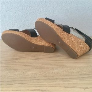 26e4382c4 Ciao Bella Shoes - 🎉HP🎉 Ciao Bella Lucy Wedge Sandals